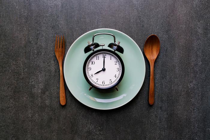 Clock plate Fasting 4 Menopause